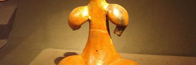 estatua antigua guanche reliquias de las islas canarias museo canario tenerife gran canaria españa