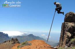 fotos de salto del pastor canario montana deportes autoctonos de las islas canarias españa