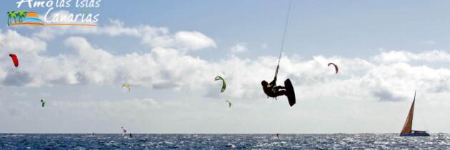 kitesurf surf windsurf deportes acuaticos para realizar en las islas canarias fotos